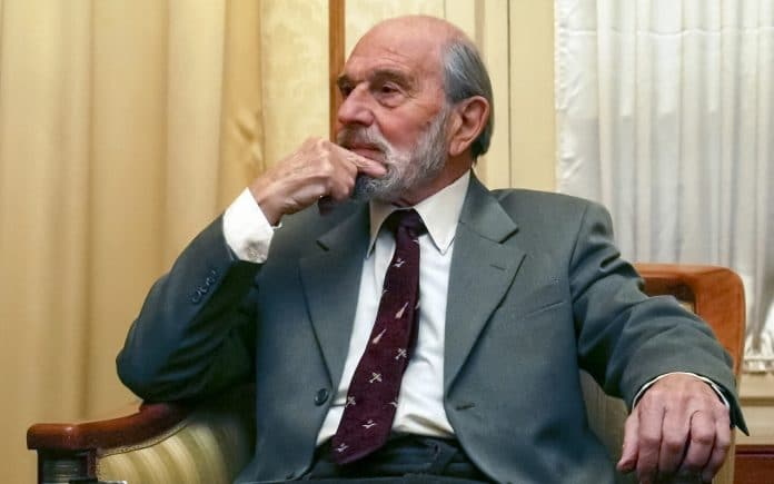 George Blake, British, Double Agent, Spy, Soviets Cold War, Dies, Cambridge Five