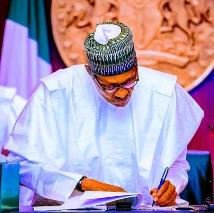 Muhammadu Buhari, Claim, Not In Charge, Presidency, Femi Adesina
