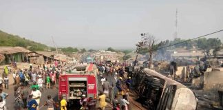 Six Die, 30 Houses Razed, Jebba Inferno, Kwara Governor, Mourns Victims